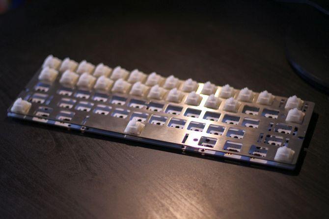 построить нестандартную механическую клавиатуру - клавиатура